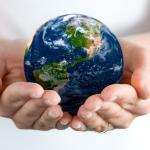 """""""Чтобы изменить плохой мир, надо создать правильный мир """" Ральф Уолдо Эмерсон"""