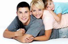 Изменение размера People_A_happy_family_086543_
