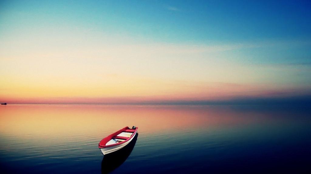 «Мудрый человек заглядывает в свое сердце  и находит вечный покой»  Индийская пословица